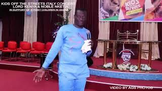 Lord Kenya raps 'Old Hiplife' songs in Church