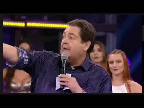 Faustão defende reforma da Previdência, ataca governo e critica música da Globo