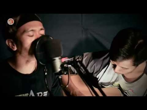 Acoustic Music | Syair Kehidupan (Godbless) - Cover by Dezvi feat Helmy