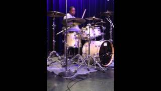 Aaron Spears playing to Caught Up By Usher @Berklee 2014