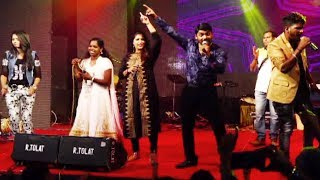 ലാലേട്ടന്റെ  എക്കാലത്തെയും ഒരു ഹിറ്റ് ഗാനവുമായി | Super Hit Songs | Stage Show | Hit Malayalam Songs