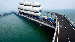 الصين تبهر العالم من جديد لانها بنت أطول جسر في العالم وسط البحر , شيء لا يصدق