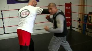 Boxing Tutorial:The body shot (liver shot)