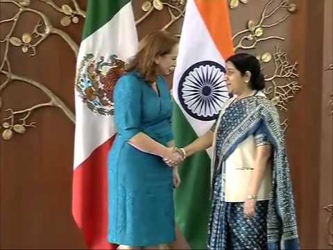Mexican Foreign Minister Claudia Ruiz Massieu meets Indian counterpart Sushma Swaraj in New Delhi