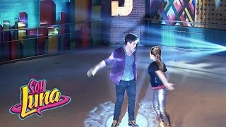 Nico y Jim cantan Invisibles - Momento Musical (con letra) - Soy Luna