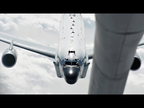 Tanker Aircraft Air Refueling RC-135 Rivet Joint