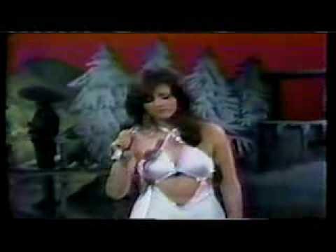 LUCIA MENDEZ DEBUT CANTANTE