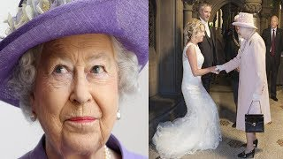 After A Couple Invited The Queen To Their Wedding, They Were Blown Away By Her Majesty's Response