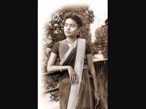 Swapne Amar Mone Holo--Bijoya Ray.wmv