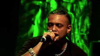 Hold My Hand - Sean Paul (Live Performance)