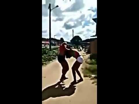 Briga de mulher por causa de homem 2015