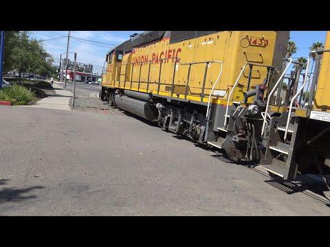 Xxx Mp4 Ride Bike Along UP 1433 And Sacramento Light Rail Pass Mather Field Rd Railroad Crossing 3gp Sex