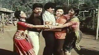 Dharani Mandala Madhyadolage Movie   Kaasanu Beesi Song   Srinath, Jai Jagadish, Padmavasanthi