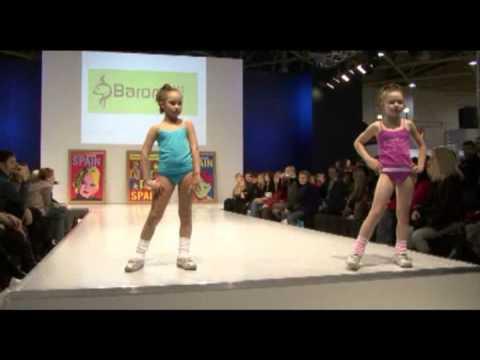 Xxx Mp4 Spain Children S Fashion Show On CPM 24 02 09 3gp Sex