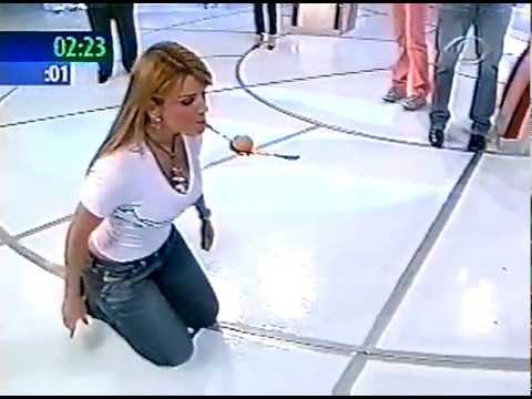 Mari Alexandre de 4 no Boa Noite Brasil 2005