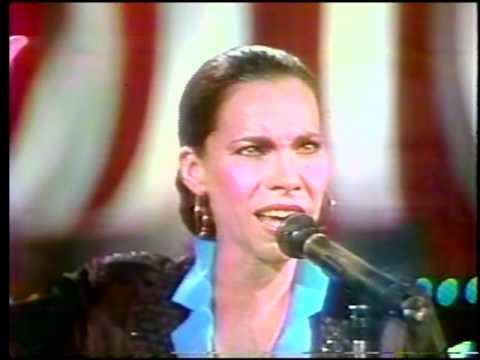 Xxx Mp4 OLIVIA MOLINA Si La De Juego De Palabras Canta Quot Libertad Quot En La TV Mexicana 1986 3gp Sex