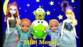 Elsa and Anna Halloween Mini Movie! There's no such thing as monsters! Barbie Anna and Elsa Toddlers
