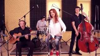 Cristina Spatar - Zambesc (Live acoustic version)