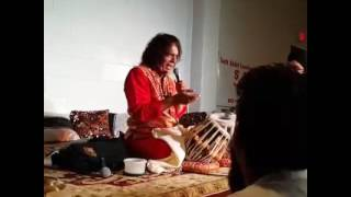 Ustad Tari Khan Playing Rupak Taal