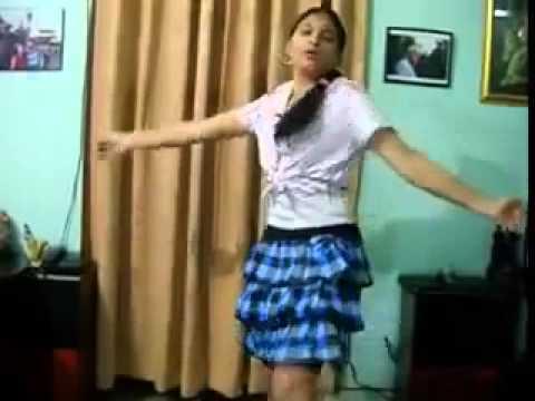 Dekhe Wala Chij Ba Oudhnia Me Pawan Singh Real PG Girl Dance With New Bhojpuri Folk Songs 2012   YouTube