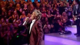 Rod Stewart  One night only-Part 4-Love train.avi