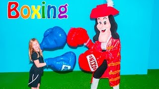 ASSISTANT Boxing Mathc Captain Hook + Big Bad Wolf + Santa Clause Challenge Video