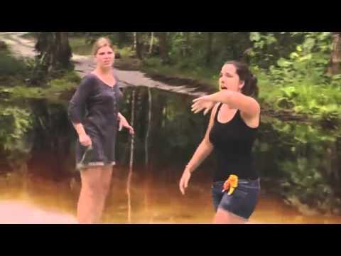 Mujer mordida por una anaconda en la grabación de un programa