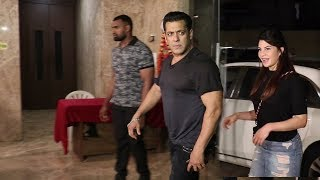 Salman Khan GRAND ENTRY With GF Jacqueline At Ramesh Taurani Birthday Party