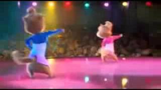 اغنية وكا وكا شاكيرا بصوت السناجب الثلاثة The three squirrels