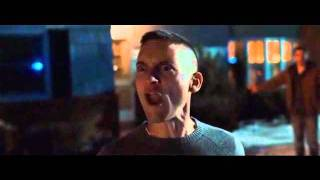 Tobey Maguire Goes Crazy - Brothers (2009)