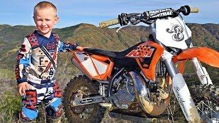 4-Year-Old Biker Is A Motocross Superstar