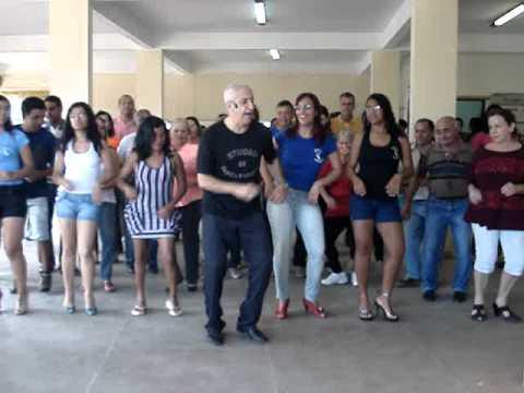 APRENDENDO PASSO BÁSICO DO SERTANEJO BAILÃO