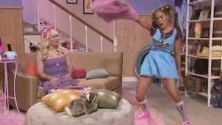 Jennifer Lopez Shows Off Her Twerking Skills for 'Ew!' Skit With Jimmy Fallon