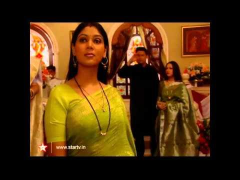 Hot Desi Tv Aunty Sakshi Tanwar Saree ass and boobs - 4