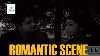 Sheela and Prem Nazir Romantic Scene     Nazhikakallu