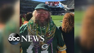 Packers superfan fights to wear his gear in Chicago