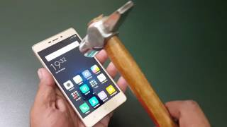 Xiaomi Redmi 3 Screen Scratch Test with HAMMER | DON'T TRY THIS