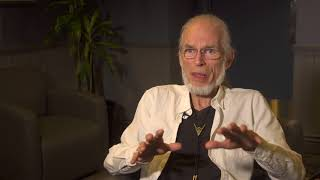 YES - Topographic Drama - Steve Howe Q&A 2/9 & Machine Messiah (live excerpt)