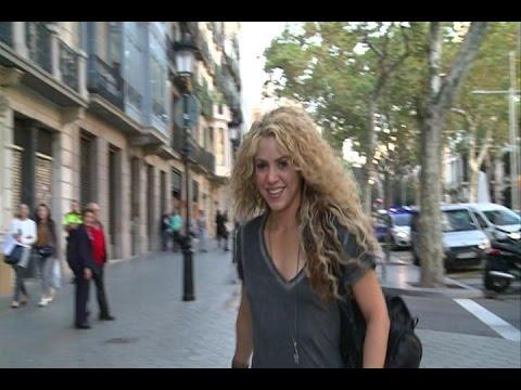 Xxx Mp4 Shakira Junto A Piqué Presenta Su Videojuego 3gp Sex