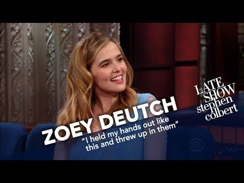 Xxx Mp4 Zoey Deutch Needed Snow Boots For The Women S March At Sundance 3gp Sex