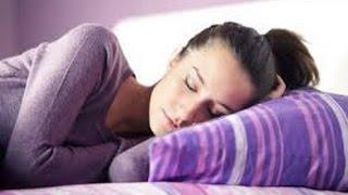 4 Posisi Bantal Yang Sehat Saat Tidur