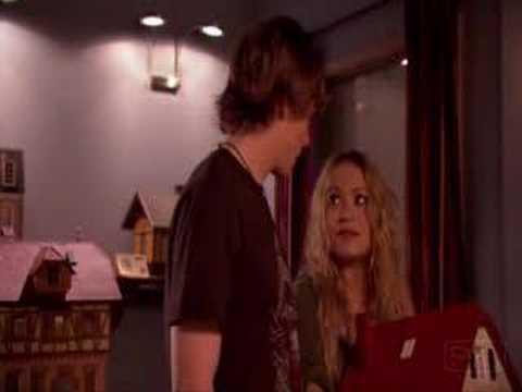 Weeds Season 3 Episode 8 Mary Kate Olsen