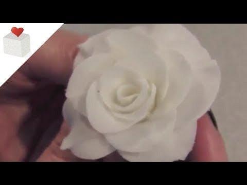 Cómo modelar rosas con pasta de flores I Modelado con Pasta de Flores por Azúcar con Amor