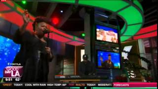 Amber Riley Performs 'This Christmas