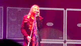 Def Leppard - Dangerous (Live at Wembley Arena 2015)