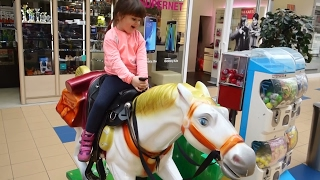 Baby funny video with horse toy Fun time with the kids electric toys