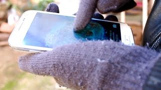 How to Use your Phone when wearing Gloves
