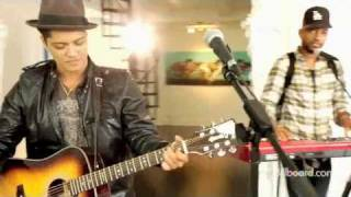Bruno Mars - Just the way you are (live) [HD]
