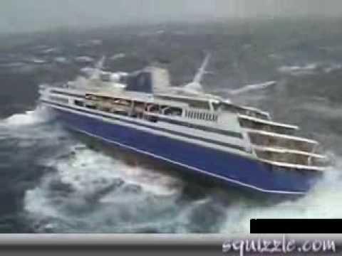 Navio de Cruzeiro Balaçando MTO. CENAS INCRÍVEIS