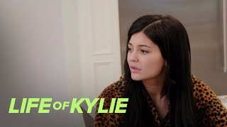 Kylie Jenner Is Over Her Rainbow Colored Hair | Life of Kylie | E!